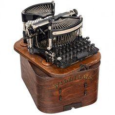 "Williams No. 1897 American ""Grasshopper"" typewriter mechanism, machine in good condition. Vintage Office, Vintage School, Vintage Tools, Vintage Design, Kelly Wearstler, Maisie Williams, Writing Machine, Nerd Decor, Writing"