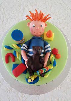 Purppurahelmi: Pikkukakkosen hahmoa Birthday Cake, Desserts, Food, Tailgate Desserts, Deserts, Birthday Cakes, Essen, Postres, Meals
