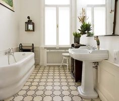 CITYPARK luxury apartment is a very bright and stylish Budapest holiday rental nearby Heroes' Square, perfect for persons. House Design, Luxury Holidays, Holiday Apartments, Home, Luxury, Bedroom, Vacation Apartments, Luxury Apartments, Luxurious Bedrooms