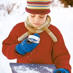 Freeze dark fabric for 10 minutes, then use it to catch falling snow. This keeps the flakes from melting while you check out the unique shapes! http://www.parents.com/fun/activities/11-fun-winter-activities-for-kids/?socsrc=pmmpin121912wwfSnowflakeDifference