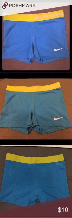 2a2fdf2f8685 Nike Pro Combat dri-fit compression shorts Nike compression shorts Dri-fit  Women s medium