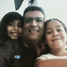 #Hijas #autorretrato #selfportrait #felicidad