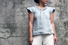 Linen shirt for woman, linen blouse, summer blouse, linen top. Japanese shirt. Linen clothing. Petite. Sustainable clothing. Made in Italy.