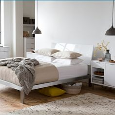 20130 03 Signature Bed White with Wide Bedside Tables - Freedom