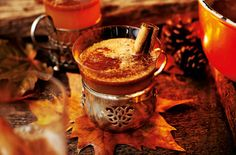 What better way to warm up on an autumnal evening? Delicious, hot, buttery rum, with maple and cinnamon flavours, topped up with sweet apple.