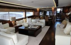 Luxury yacht Princess 98 - Saloon