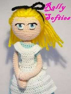 gratis free:[Alice in wonderland] Alice amigurumi free pattern Clicca qui per il testo in italiano!  After the Cheshire cat pattern that Ill transfer on this new site soon I decided to continue with the Wonderland with Alice.