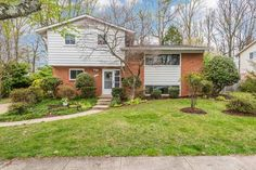 Andy Werner, Jr. & Andy Werner & Associates of RE/MAX® Realty Group just listed 1709 Mark Lane Rockville MD 20852 Great house in perfect location. Kitchen, roof, gutters, windows, AC, HDWD floors all updated or new in 2013. 4BR/2FB, gleaming hardwood floors, eat in kitchen. Built-in bookcases in the cozy, well-lit rec room. Great fenced back yard with patio and deck - perfect for entertaining. Minutes to downtown Rockville Pike and Rose, shopping, METRO, I270 and more.