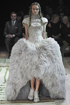 Alexandre McQueen SS2011   Courtesy V London,