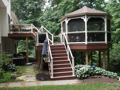 Deck masters is a central ohio home improvement company specializing in custom deck, screened porch, patio and paver, and sun room construction. Description from animalplanetgallery.com. I searched for this on bing.com/images