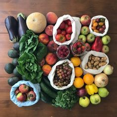 Zero-Waste Chef - No packaging. Nothing processed. No waste. Real Food Recipes, Vegan Recipes, Fruit Crumble, Tasty, Yummy Food, No Waste, Food Design, Plant Based Recipes, The Fresh