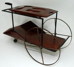JORGE ZALSZUPIN (Exportação) Raro e extraordinário carrinho de chá executado em madeira curvada folh