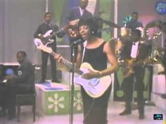 Barbara Lynn - You'll Lose A Good Thing.     She is strumming that Tele! She is the type of singer who would sound this soulful, even without the band. This is great video for the time, the sound mix was spot on for a live band, good job sound crew!