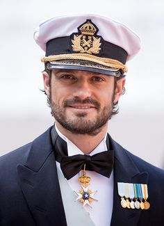 Sweden Royal Wedding: Prince Carl Philip Weds Sofia Hellqvist in the chapel at Stockholm's Royal Palace on June 2015 Prince Carl Philip, Royal Monarchy, British Monarchy, Harry And Meghan Wedding, Prince Harry And Meghan, Military Working Dogs, Military Men, Swedish Royalty, Baby Prince