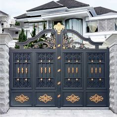 Iron Main Gate Design, Home Gate Design, Gate Wall Design, Grill Gate Design, House Main Gates Design, House Front Design, Latest Main Gate Designs, Gate Designs Modern, Modern Front Gate Design