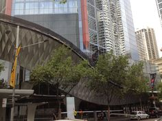 Creating a dragon motif external facade for HSBC Sydney.