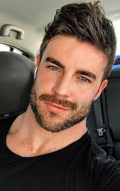 Just Beautiful Men, Beautiful Men Faces, Hot Mexican Men, Hot Guys, Style Hipster, Stunning Eyes, Male Face, Attractive Men, Good Looking Men
