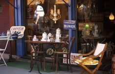 Anyone who has dabbled in antiques has heard of the Marché aux Puces de Saint-Ouen, on the northwest side of Paris. The fabulous finds can& be overstated! St Ouen, Flights To Paris, Paris Flea Markets, Paris Travel, Walking Tour, Hostel, Small Groups, Old World, The Neighbourhood