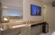 Quarto de casal | movel TV com penteadeira