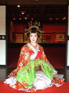 A woman dressed as an oiran