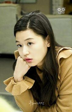 Jun jihyun 2016 Legend of the blue sea Korean Actresses, Korean Actors, Actors & Actresses, Jun Ji Hyun Makeup, Korean Beauty, Asian Beauty, Legend Of Blue Sea, Legend Of The Blue Sea Jun Ji Hyun, Jun Ji Hyun Fashion