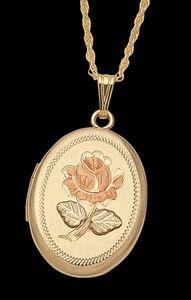 Black Hills Gold Double Rose Locket