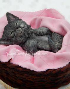 Sleeping Kitten in Basket Cake Buttercream Basket Fondant Flower Cake, Fondant Bow, Fondant Cakes, Birthday Cake For Cat, Beautiful Birthday Cakes, Chocolate Fondant, Modeling Chocolate, Cake Decorating Tips, Cookie Decorating