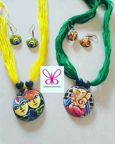 Ceramic Jewelry, Polymer Clay Jewelry, Cinderella Decorations, Teracotta Jewellery, Terracotta Jewellery Designs, Terracotta Earrings, Beaded Necklace Patterns, Art Necklaces, Handmade Jewelry Designs
