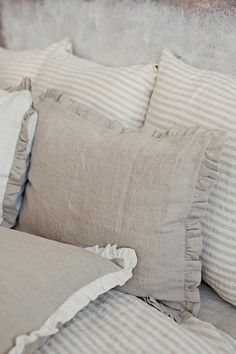 Ruffle Linen Pillow Cover Elisabeth pillow talk Natural linen colour (beige grey) linen pillow sham with ruffles, made of … Linen Pillows, Linen Bedding, Bedding Sets, Bed Pillows, Bed Linens, Ivory Bedroom, Bedding Master Bedroom, Bedroom Decor, King Size Bed Linen
