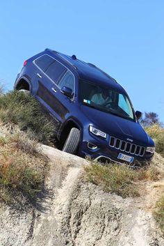 Jeep Grand Cherokee w terenie
