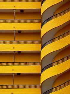 Swirling yellow balcony in Playa del Ingles, Canary Islands; Arild Storaas