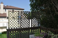 Deck privacy barrier for hanging curtains flower for Hanging privacy screens for decks
