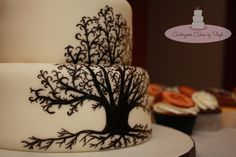 Tree Of Life Hand painted Tree of Life :) Along with 3 dozen cupcakes with fondant decorations. icy blue flowers and the newlyweds. Wedding Cake Stands, Wedding Cakes, Fondant Decorations, Cake Central, Fondant Cupcakes, Tree Designs, Rustic Wedding, Tree Wedding, Tree Of Life
