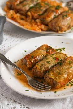 Vegan Sauerkraut Rolls with Rice. Delicious and comforting sweet-and-sour vegan cabbage rolls made with sauerkraut and filled with rice walnuts and raisins. Vegan Cabbage Recipes, Vegetarian Cabbage Rolls, Cabbage Rolls Recipe, Vegetarian Recipes, Healthy Recipes, Healthy Food, Sweet And Sour Recipes, Whole Food Recipes, Cooking Recipes