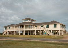 Brooke prom 14 couples plus adult chaperones Crystal Beach Vacation Rental - VRBO 450077 - 8 BR Gulf Coast House in TX, Family & Corporate Retreat - Sleeps 40 http://www.vrbo.com/450077