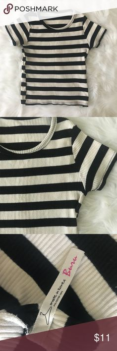 MOVING SALE❗️Striped crop top Stretchy material No tag, but Would suit an XS/S Length is approx 17.5 in. Originally bought at a vintage shop while stationed in Korea. Open to all offers💛 Vintage Tops Crop Tops