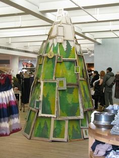 Christmas display, Anthropologie,