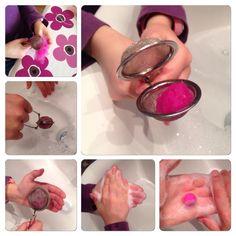 How to felt small balls/beads from wool. Felt Crafts Diy, Foam Crafts, Felt Diy, Handmade Felt, Handmade Beads, Diy Laine, Felt Board Patterns, Creative Textiles, Needle Felting Tutorials