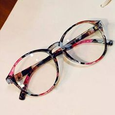 4dcdde1c1 Armação Óculos De Grau Estampado Retrô Vintage Fashion Moda - R$ 39,90 em  Mercado Livre