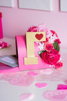 Love this floral decorated mailbox for Valentine's Day!