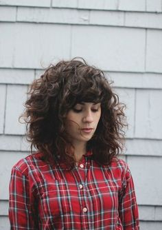 Trendy Curly Hair Herrlich klebrig: Q A // Tipps, wie ich meine Haare . - - Trendy Curly Hair Herrlich klebrig: Q A // Tipps, wie ich meine Haare . Curly Hair With Bangs, Curly Hair Tips, Big Hair, Hairstyles With Bangs, Wavy Hair, Curly Hair Styles, Curly Lob, Hairstyles 2018, Hairstyle Ideas