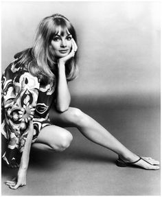 Jean 'The Shrimp' Shrimpton rests her face in her palm while crouching, in a promotional portrait for director Peter Watkins's film, 'Privilege'. It was her first and only film appearance. Shrimpt...