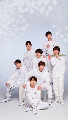 This is a Community where everyone can express their love for the Kpop group BTS Taehyung, Namjoon, Seokjin, Bts Tae, Bts Bangtan Boy, Bts Jimin, Jimin Jungkook, Foto Bts, Billboard Music Awards