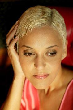 Love the music of Mariza ~ portuguese fado