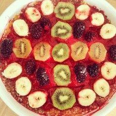 Fruit salad pizza / Fruchtpizza  - vegan, raw -