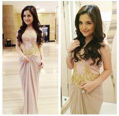 Evening gown by andhi #kebayamodern #satin
