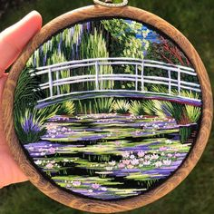 Artist Combines Her Love Of Color And Embroidery To Hand-Stitch Beautiful Landscapes (30 Pics) Simple Embroidery, Hand Embroidery Stitches, Embroidery Hoop Art, Cross Stitch Embroidery, Embroidery Patterns, Diy Embroidery Crafts, Claude Monet, Thread Painting, Cross Stitching
