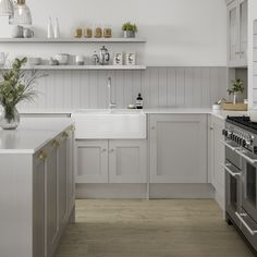 Modern Shaker Kitchen, Shaker Style Kitchen Cabinets, Shaker Style Kitchens, Kitchen Cabinet Styles, Modern Grey Kitchen, Modern Country Kitchens, Cottage Kitchen Cabinets, Grey Kitchen Designs, Rustic Kitchen Design