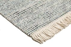 This carpet is woven mainly in Dhurrie in India, but also in other places in the country. It is an Indian kelim weaving made of wool. Scandinavian Cottage, Carpet, Medium, Wool, Blanket, Rugs, Home Decor, Farmhouse Rugs, Decoration Home