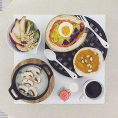 . good morning thursday :-D))) . #goodmorning #morning #breakfast #yummy #goodfood #instafood #onthetable  #homemade #foodie #foodstagram #igfood #foodphotography #foodphoto #yum #S_S_iloveBreakfast #朝食 #早餐 #goodmorning #早安 #おはようございます #cooking #baking #烘培  #sandwich #三明治 #サンドイッチ #雙薯雙蘿蔔蛋_毛豆南瓜泥麵包卷三明治 #沼サンド #萌え断